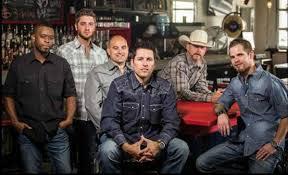 Casey Donahew Band w/ Mark Mackay