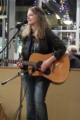 Melanie Devaney